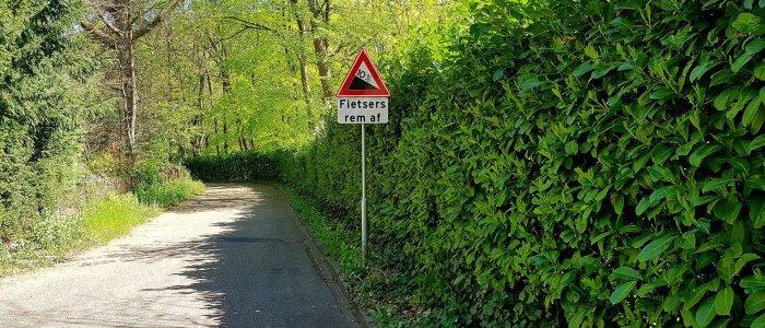 Afdaling Hogeweg bij Beek