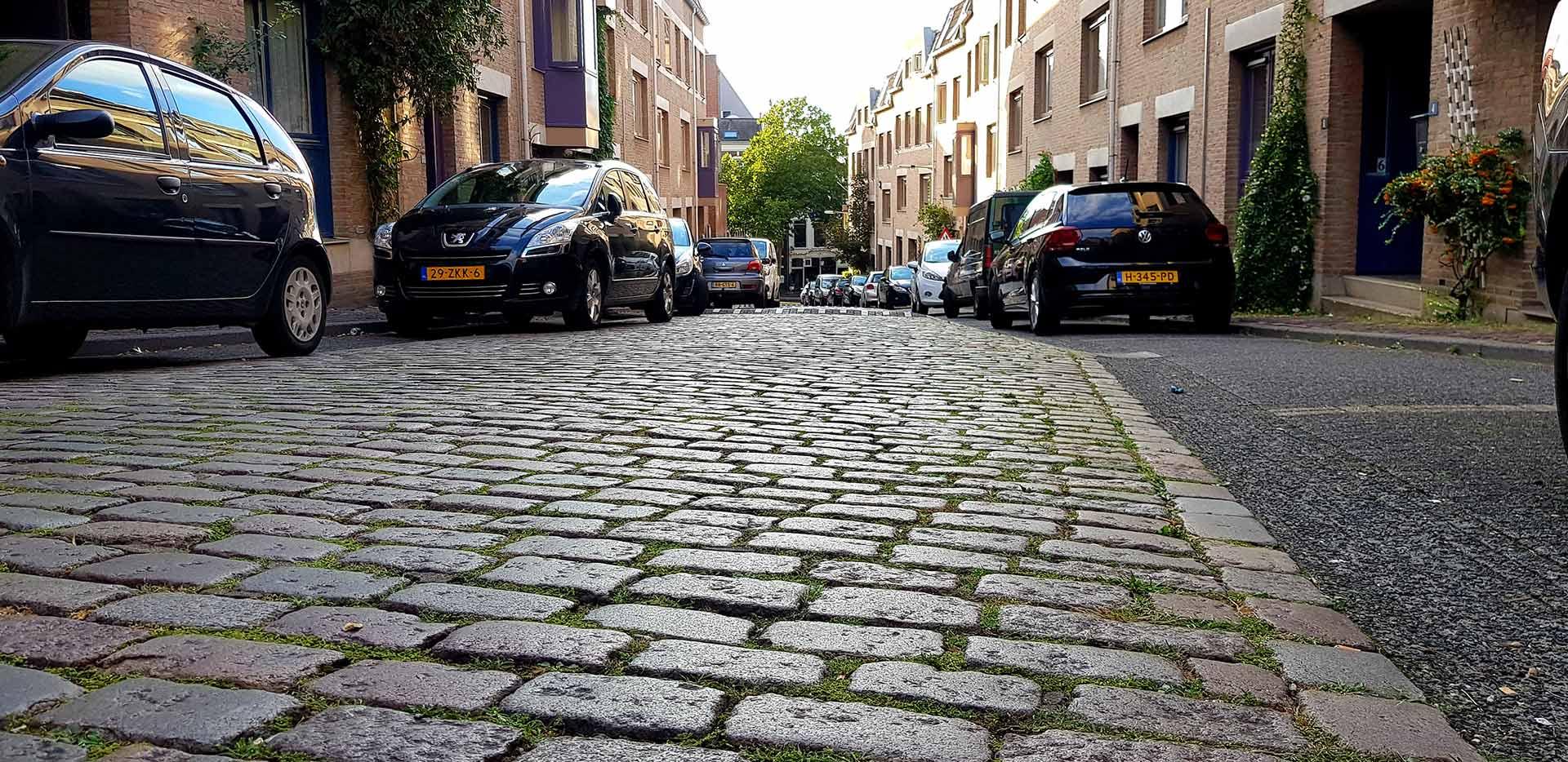 Kasseienklim de Smidstraat in het centrum van Nijmegen
